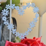 Small Vintage Daisy Chain Heart