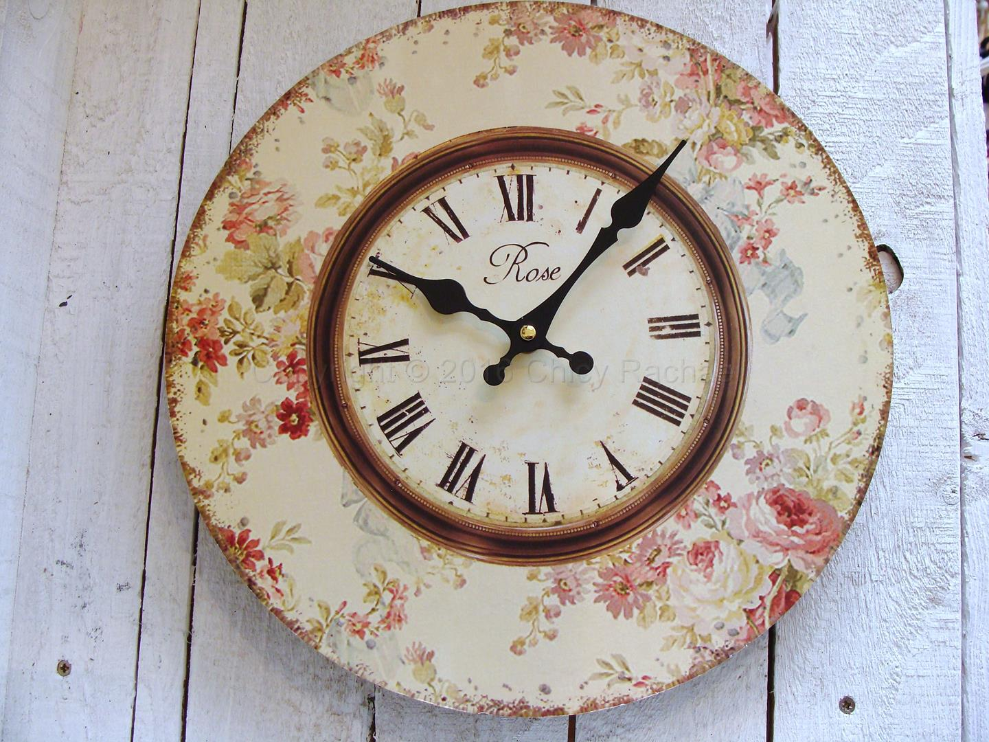 Vintage Floral Pink Clock Chicy Rachael