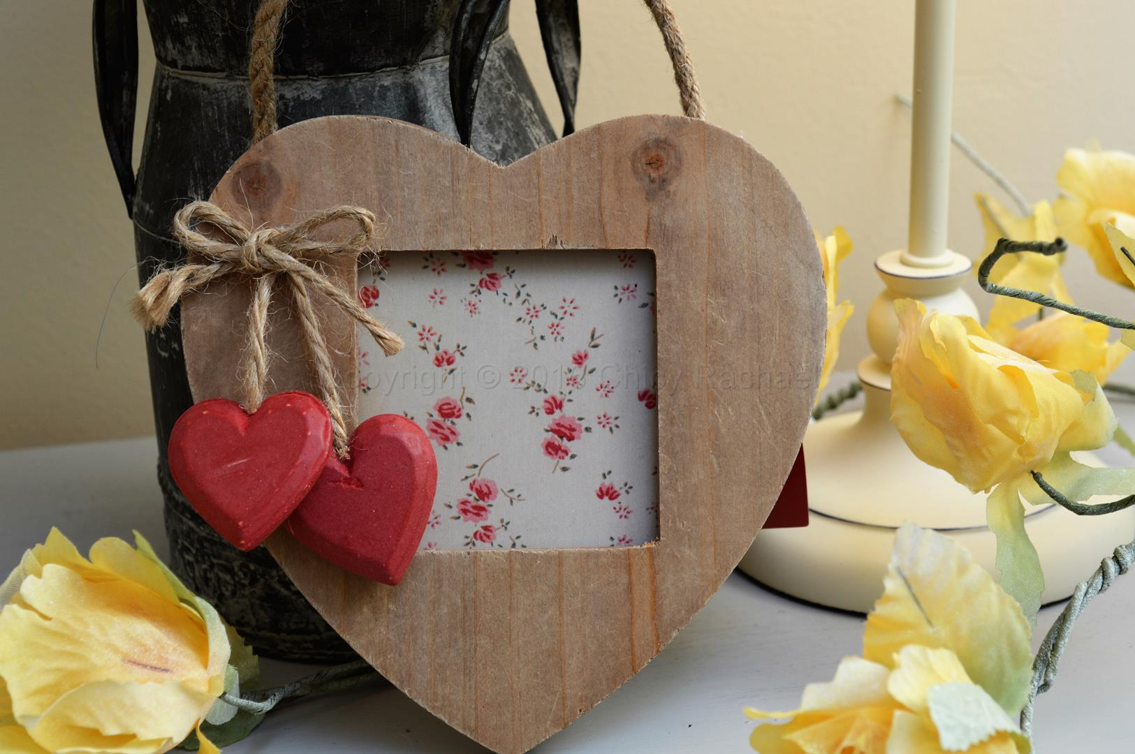 Hanging Nordic Heart photo Frame