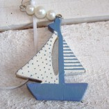 Blue And White Sail Boat Garland 2