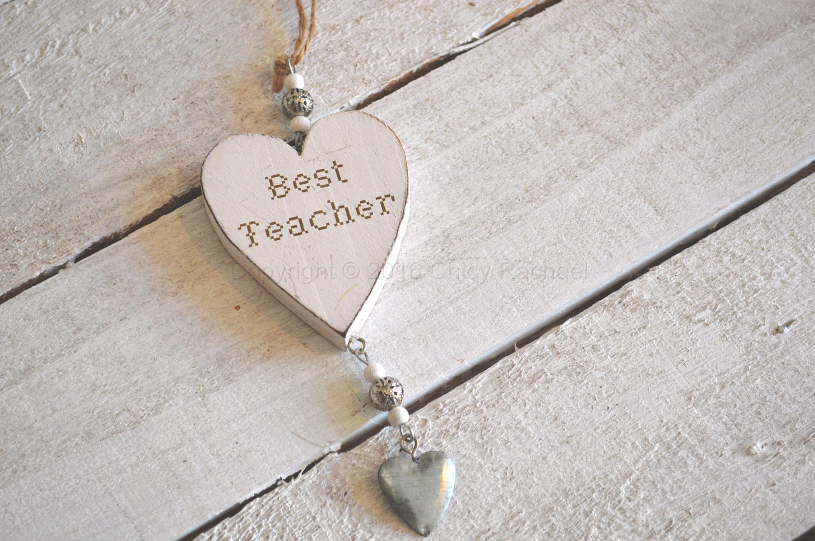 Wooden Best Teacher Hanging Heart 2
