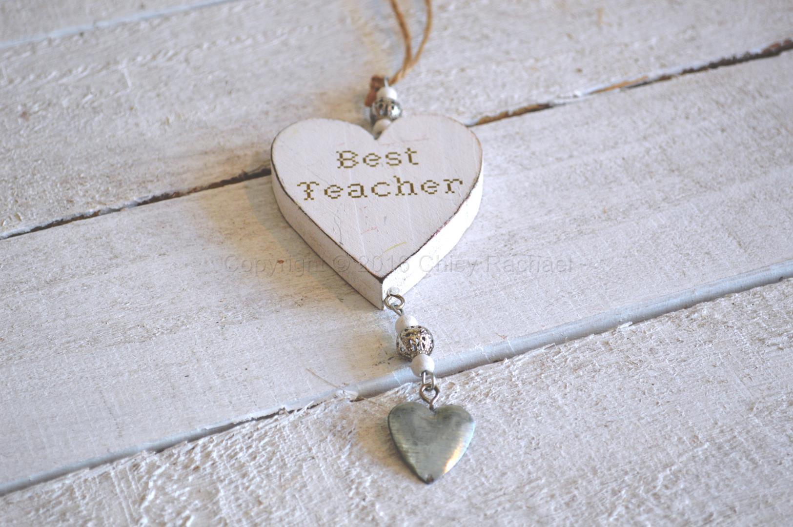 Wooden Best Teacher Hanging Heart 1