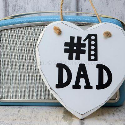 NO-1-DAD-WOODEN-HANGING-HEART-3